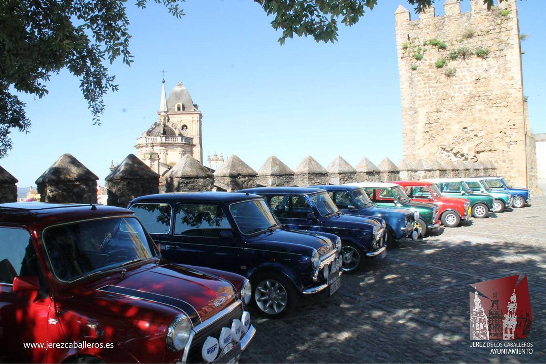 Jerez, escenario de la II Quedada de Minis clásicos de Extremadura