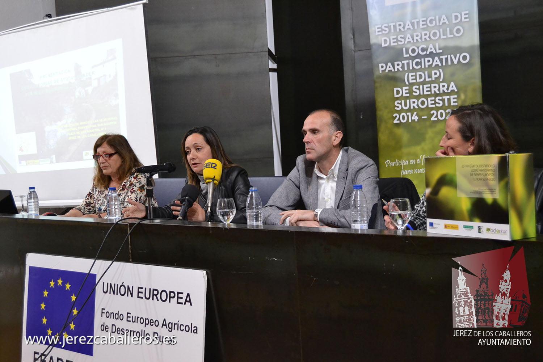 Jerez de los Caballeros acoge la presentación de las dos primeras convocatorias de ayudas Leader gestionadas por ADERSUR con un montante de fondos públicos de 1.430.000 euros