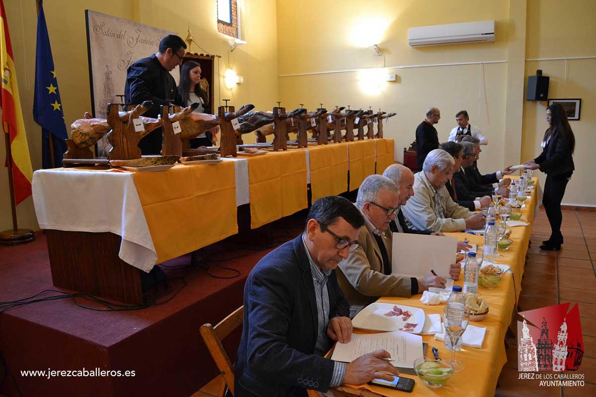 La promoción y comercialización del producto estrella de la dehesa, eje del XXVIII Salón del Jamón Ibérico, del 4 al 7 de mayo, en Jerez de los Caballeros