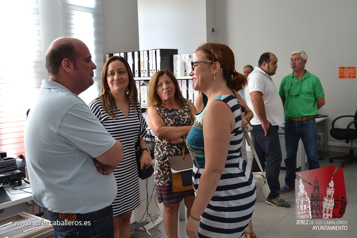 La directora general de Urbanismo se reúne en Jerez con los alcaldes de la Sierra Suroeste