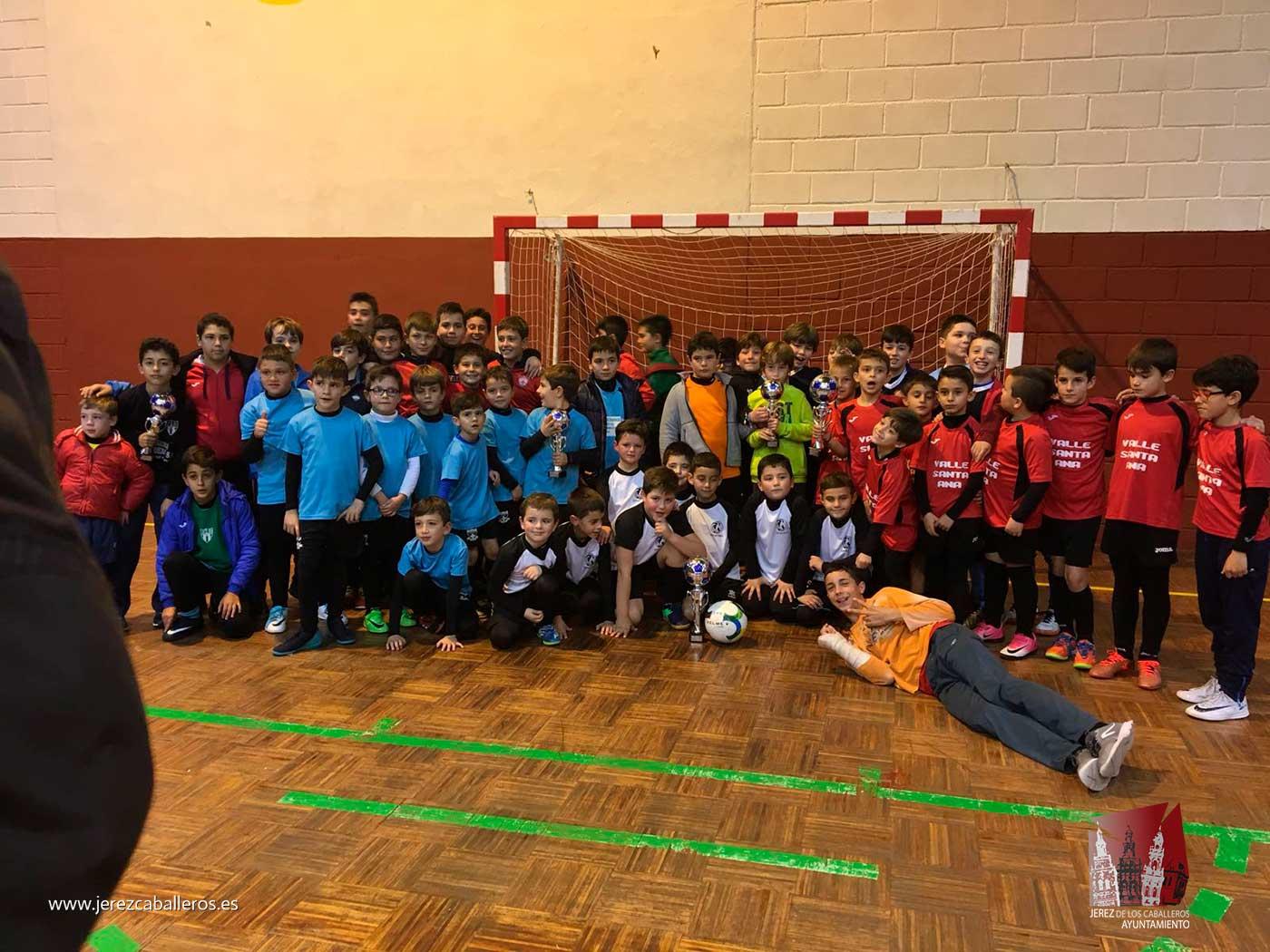 36 equipos se han dado cita en el Torneo navideño de Fútbol sala, uno de los más participativos de los últimos años