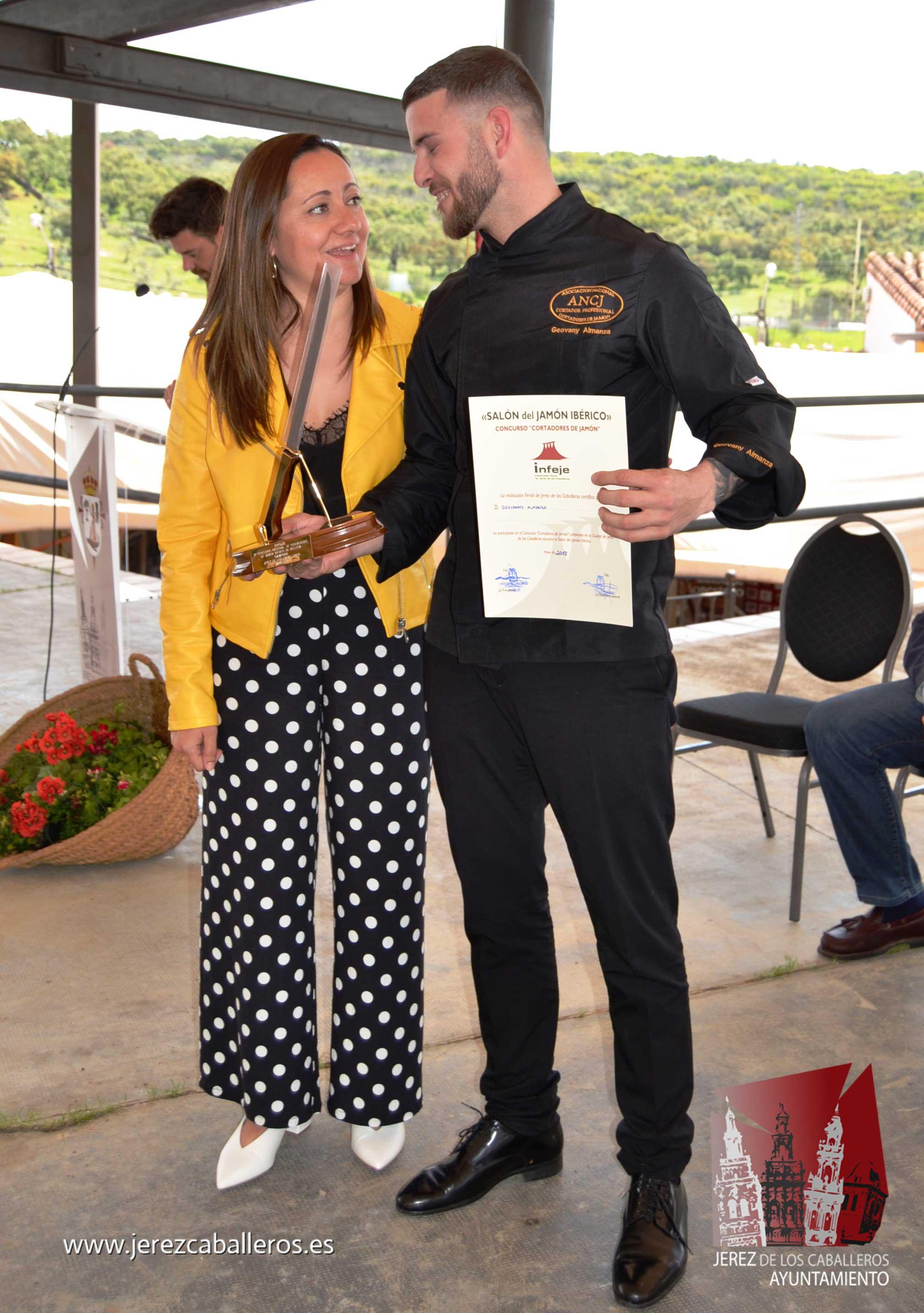 Geovanny Almanza Molina, de Salamanca, gana el Concurso internacional de Cortadores del XXIX Salón del Jamón Ibérico