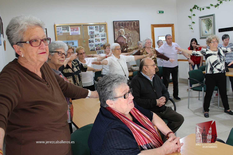 """La """"El Hogar de Mayores 'Mari Sousa' acoge una Jornada con consejos y actividades prácticas para este colectivo en el Día Mundial del Buen trato a las personas mayores"""