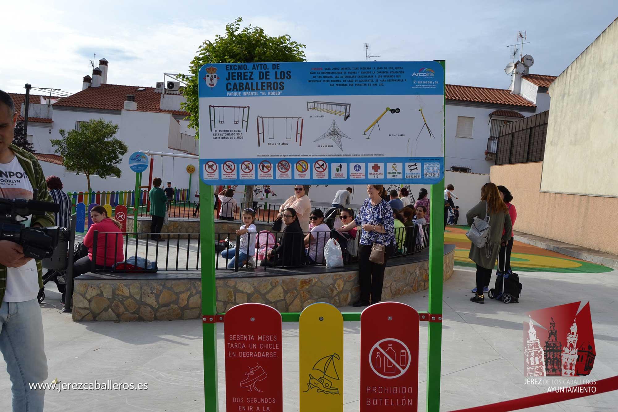 """La """"Inaugurado el parque de la barriada 'El Rodeo'"""