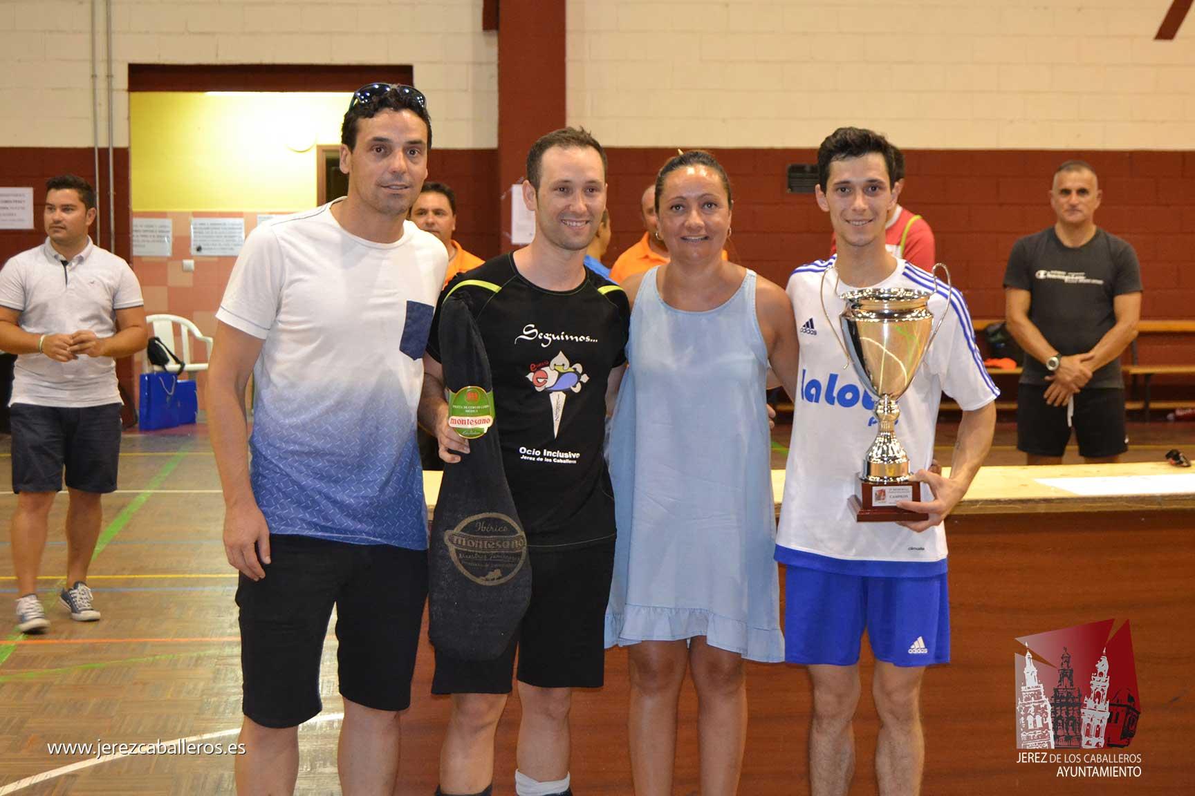El equipo 'Los Ramajos pepinos' gana el IX Memorial de Fútbol sala 'Francisco José Rivera Montero'