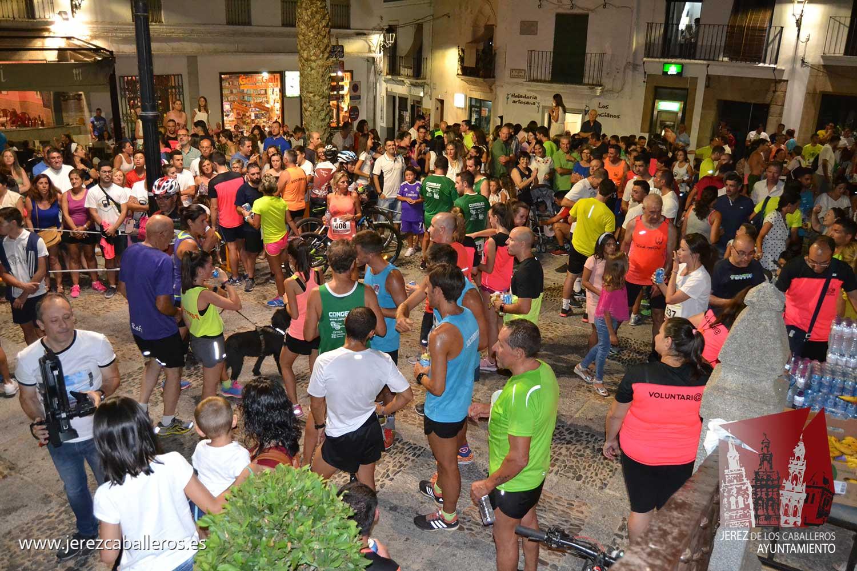 Exitoso desarrollo de la IV Carrera Popular Nocturna 'Ciudad de Jerez' con más de 180 inscritos y excelente ambiente