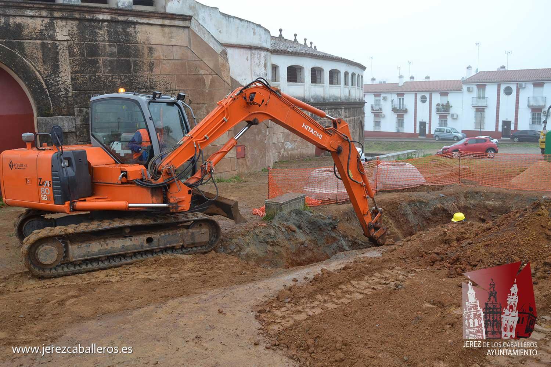 Las obras para la mejora de la red de abastecimiento de agua en Jerez avanzan a buen ritmo y se prevé un acortamiento de los plazos de ejecución