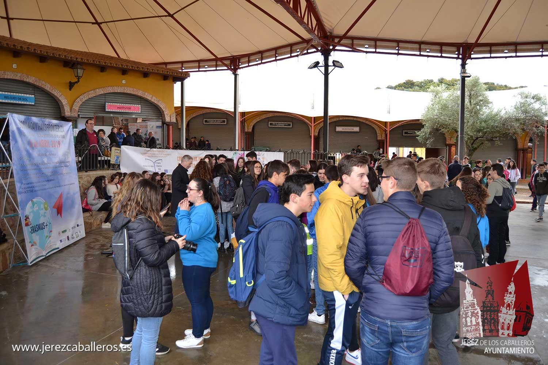 El Instituto 'El Pomar', de Jerez de los Caballeros, celebra una actividad transnacional de aprendizaje en el marco de su proyecto Erasmus +